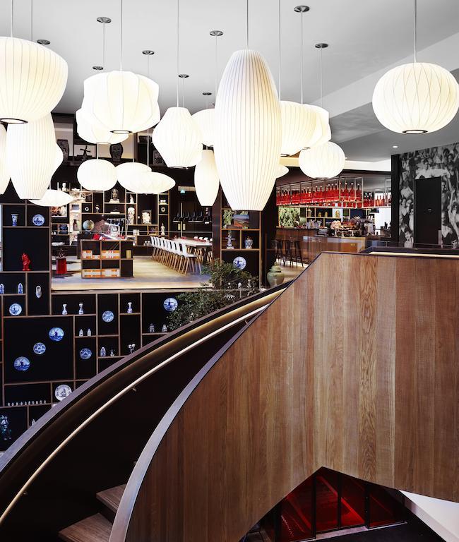 往大廳的樓梯- 鹿特丹住宿推薦:鹿特丹世民酒店/ 圖片來源 citizenM Rotterdam